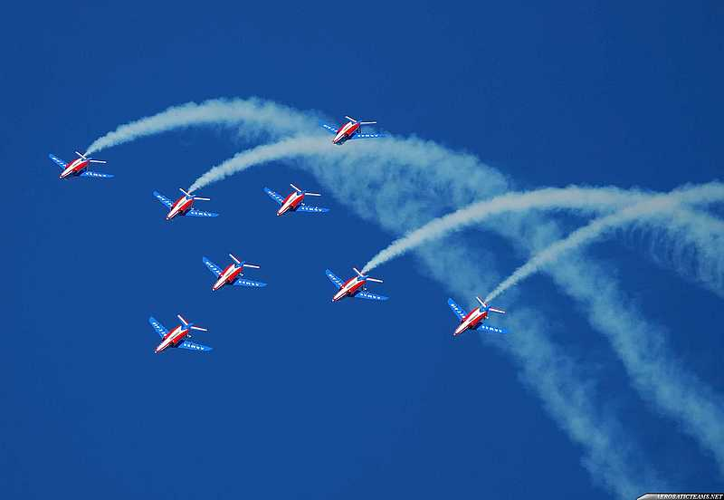 Snowbirds and Patrouille de France Soar over Gatineau – 30 April 2017